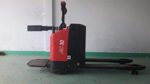 xe nâng điện CBD30