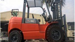 Bán xe nâng 5 tấn tại Hồ Chí Minh