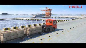 xe đầu kéo điện heli làm việc tại bến tàu