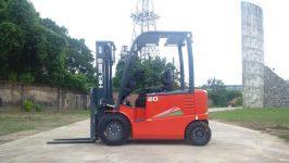 Xe nâng điện 2 tấn tại Tây Ninh