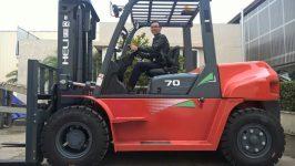 Bán xe nâng 7 tấn tại Bình Dương