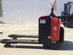 xe nâng điện pallet 2 tấn