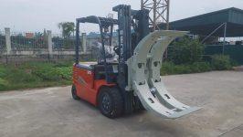 Xe nâng hàng ngành công nghiệp sản xuất giấy