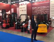 hãng xe nâng hàng heli tại triển lãm Cemat Nga