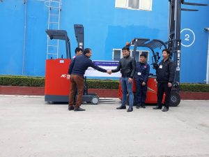 xe nâng heli tại quảng ninh nhà máy dệt may