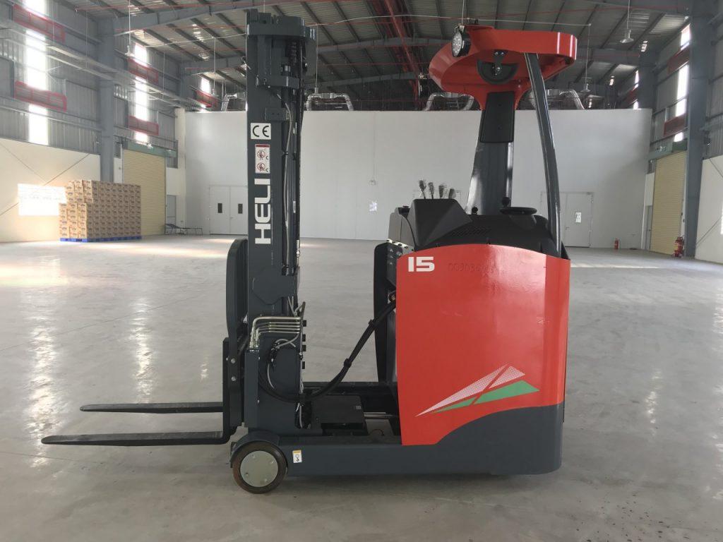 xe nâng reach truck heli 1.5 tấn