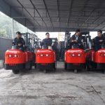 xe đầu kéo chạy điện heli (1)