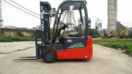 Xe nâng điện 3 bánh Heli 1.5-2 tấn
