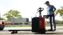Hướng dẫn vận hành xe nâng điện đứng lái Heli